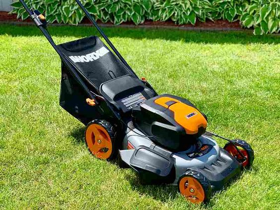 best small yard lawn mower